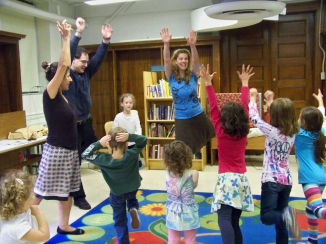 Puppet Playdate at the Carroll Gardens Public Library